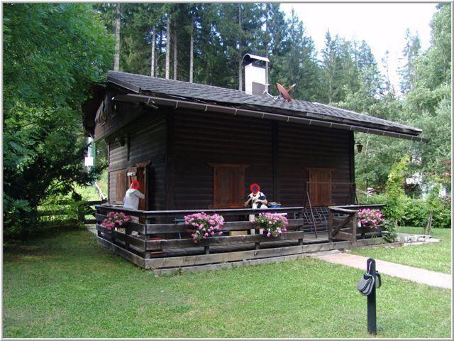 Casa chalet vendita auronzo di cadore cortina misurina for Baita di legno